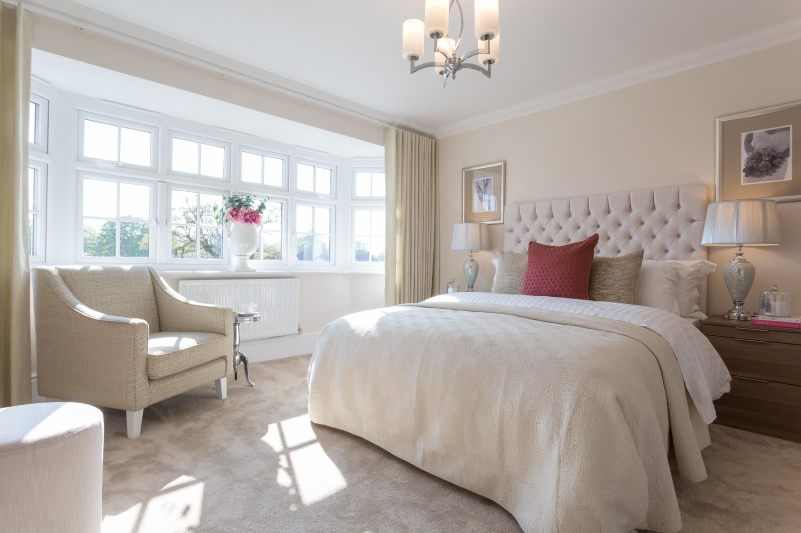 Master bedroom inspiration  Donut just dream of a stunning bedroom like this Take a look around