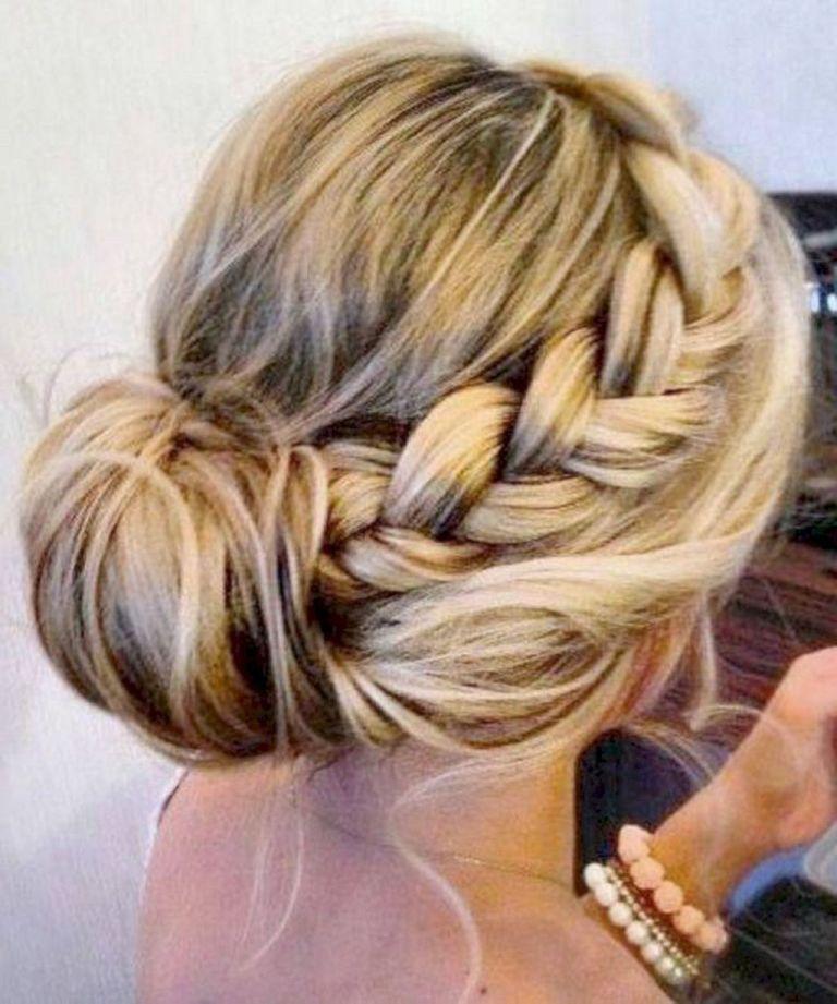Brautfrisur Standesamt Hochzeitsfrisuren Lange Haare Hochsteckfrisuren Lange Haare Frisur Hochgesteckt