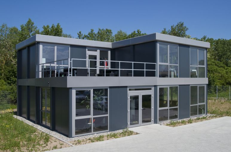 Buro Mit Terrasse Burocontainer Modulbau Container House In 2019