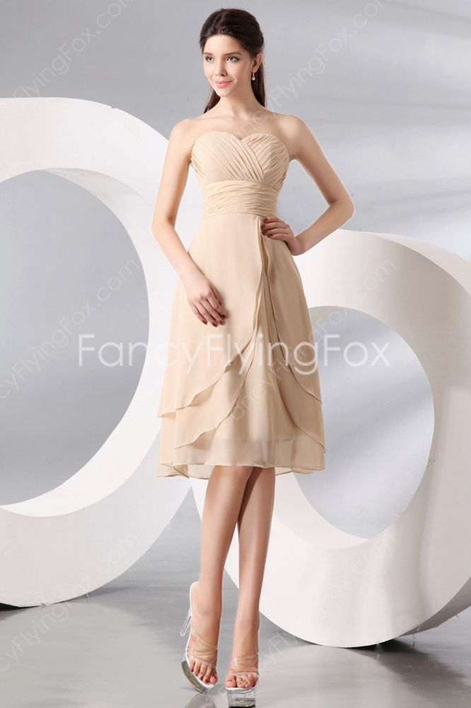 Elegant Sweetheart A-line Knee Length Champagne Junior Bridesmaid Dresses at fancyflyingfox.com