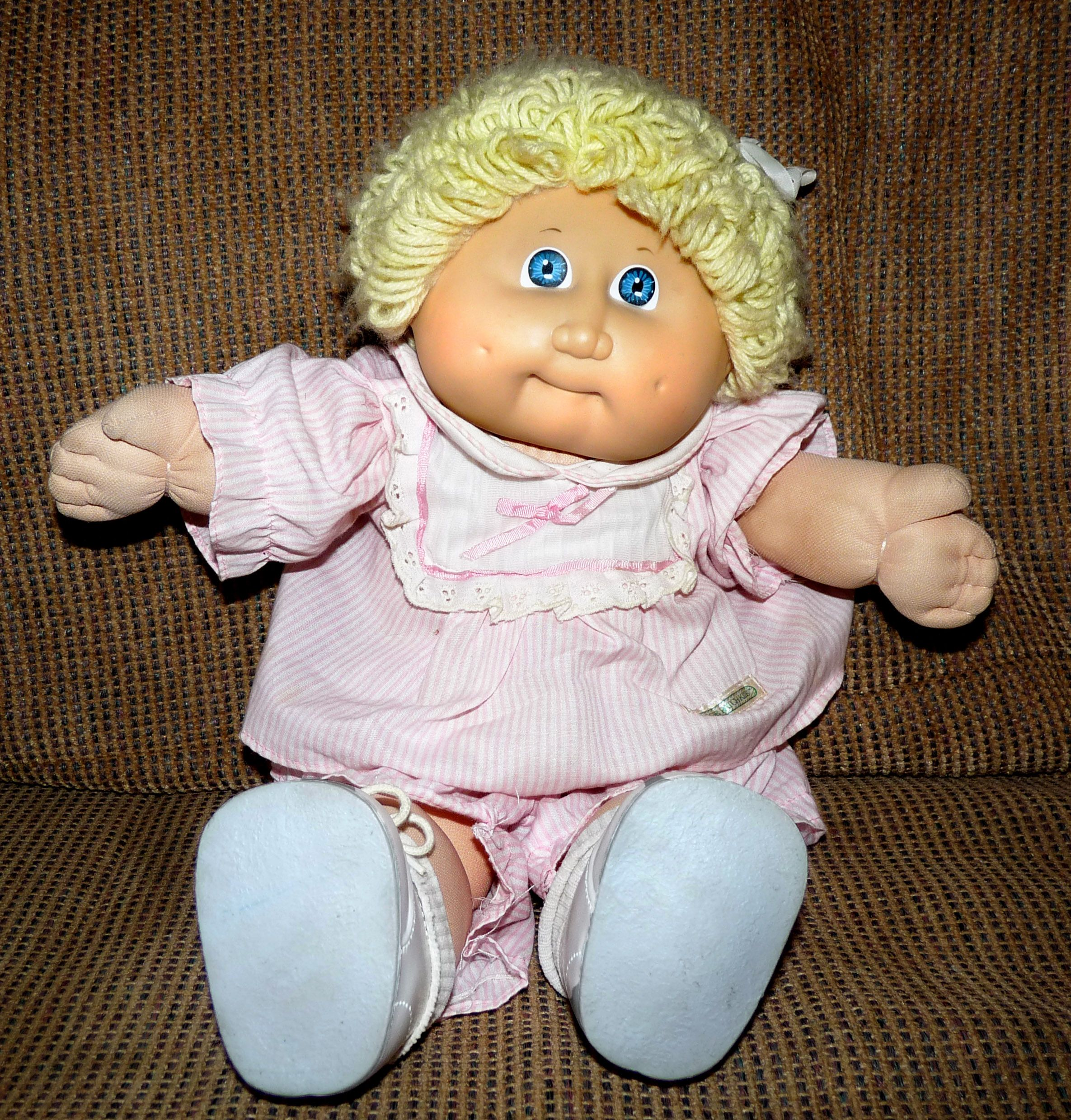 Cabbage Patch Kid Looks Just Like The One I Had Marcella Junia Cabbage Patch Kids Cabbage Patch Dolls Cabbage Patch