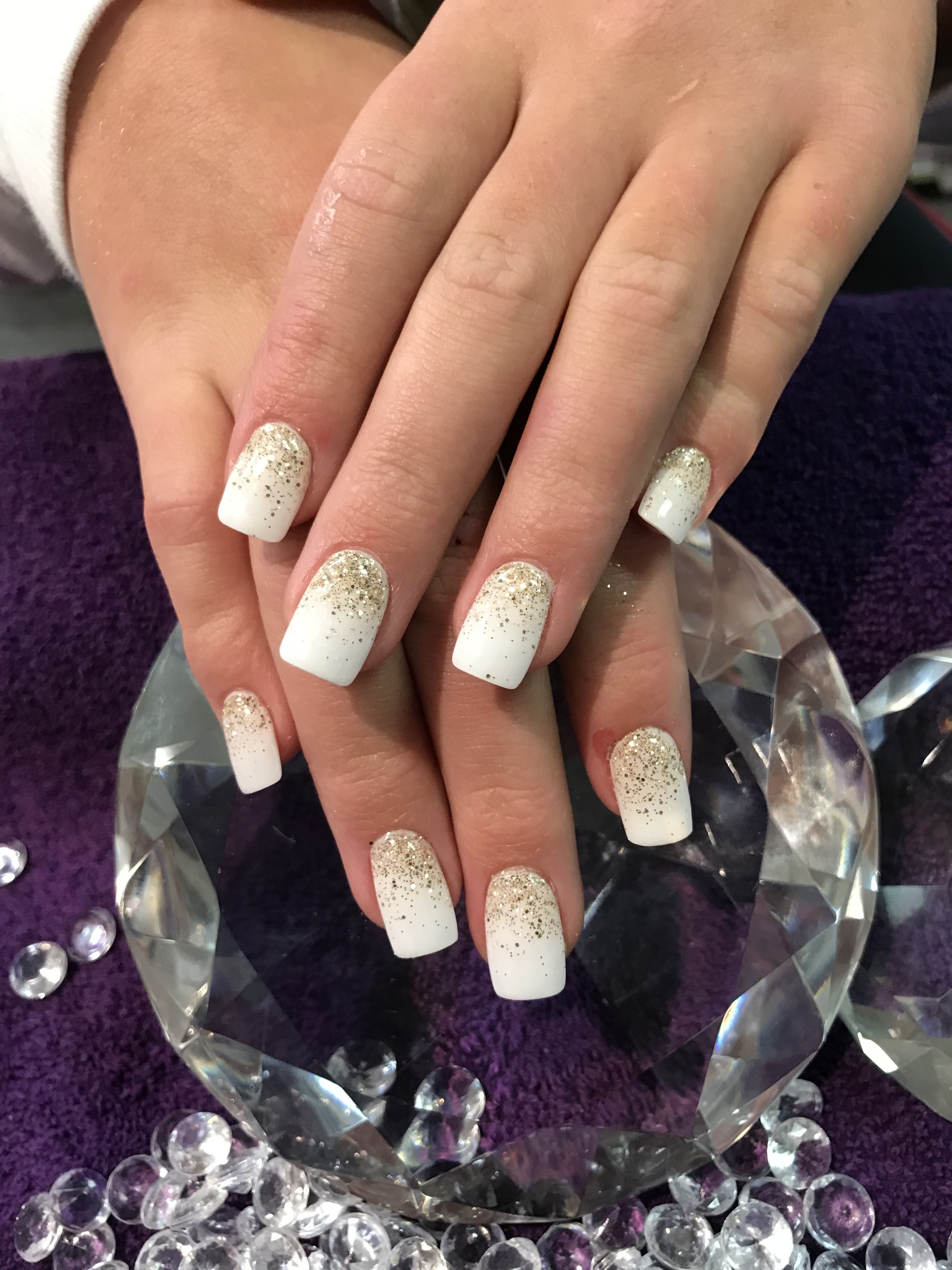 White Dip Nails With Gold Glitter Fade White Nails With Gold White Glitter Nails Dipped Nails