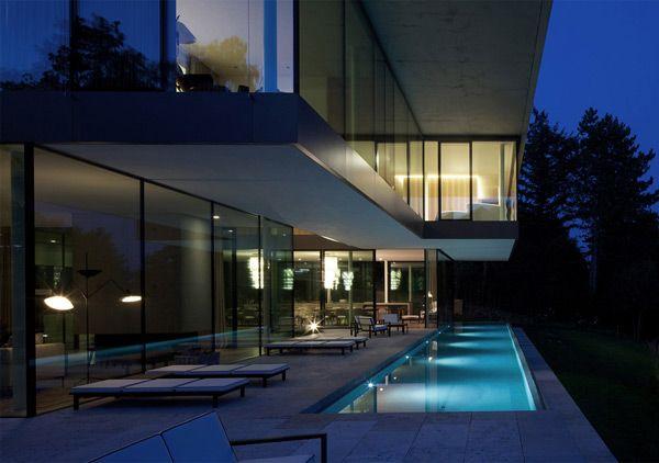 Villa X by Kohlmayer Oberst Architects