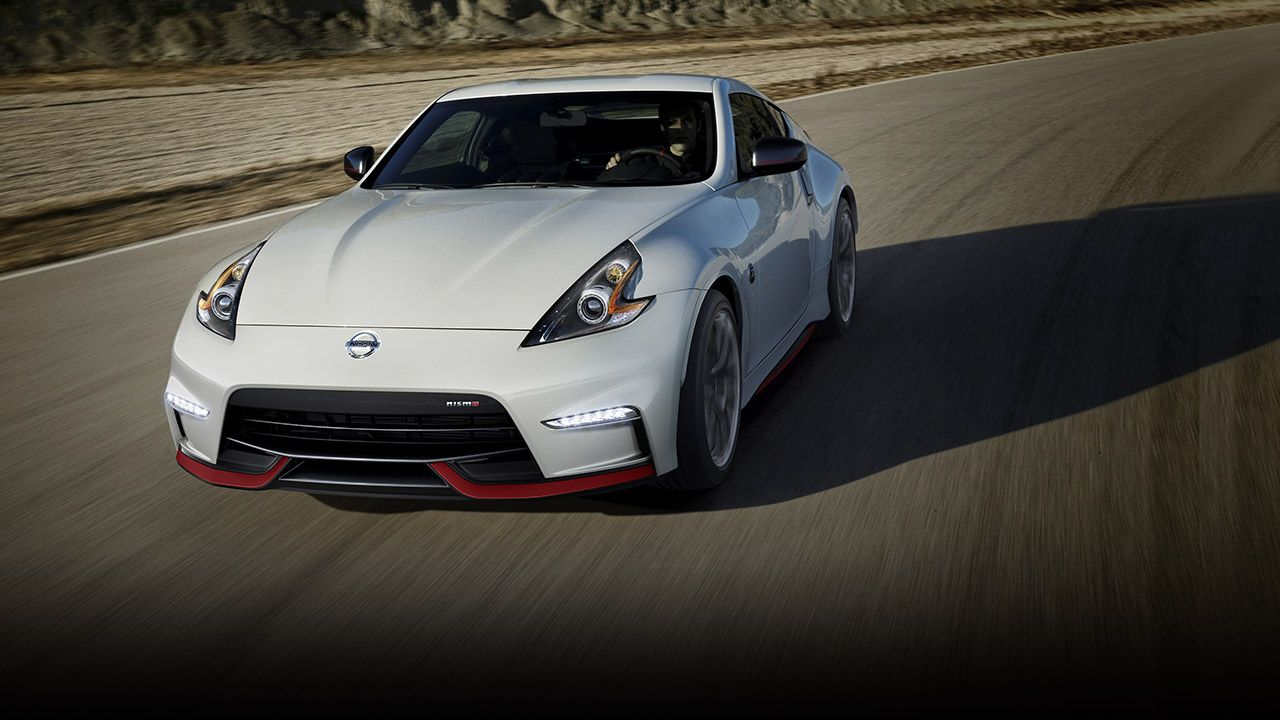 2016 Nissan 370Z Nismo aerial view shown in Pearl White with red
