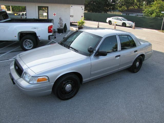 2009 Ford Crown Victoria Police Interceptor In Largo Clearwater Largo Classic Automobile Co Inc Ford Police Victoria Police Police Cars For Sale