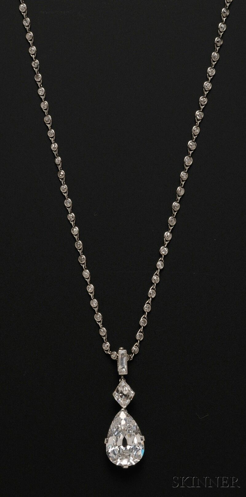 Cartier diamond necklace to die forne jewelry sale 2601b lot cartier diamond necklace to die forne jewelry sale 2601b lot 580 important art deco platinum and diamond pendant necklace cartier new york aloadofball Images