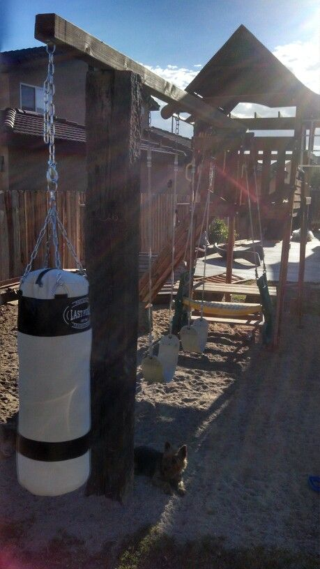 DIY punching bag for the kids (With images)   Backyard gym ...