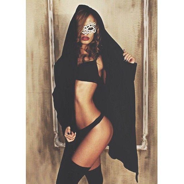 @xoxoalenapo via selfshotmag: Follow my beauty @lesya_abramovich  @lesya_abramovich ❤️