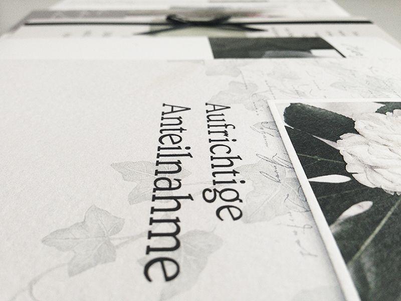 Trauerkarte Schreiben 40 Kurze Beispiele Mit Muster Vorlage Anrede Text In 2020 Trauerkarte Schreiben Text Beileidskarte Beileid Karte