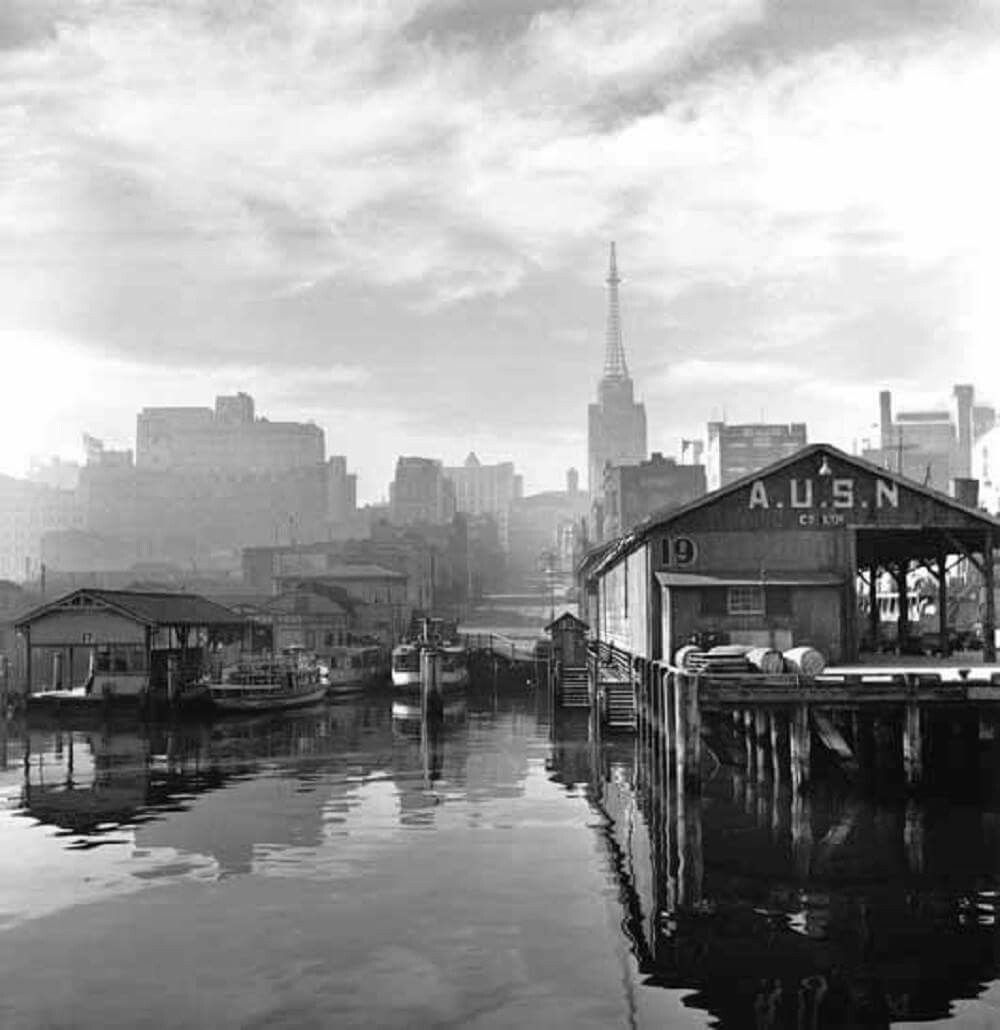View of Erskine Street Wharf and the AWA Tower in Sydney in 1947.