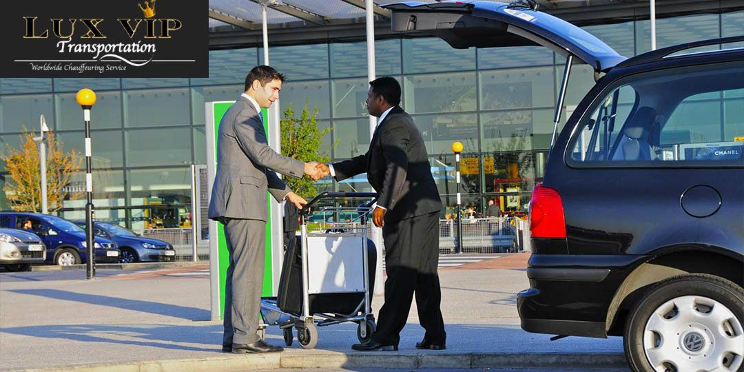 If You Are Looking For Hire A Luxury Car For Airport Transportation Naples Fl Then Lux Vip Transportation Is One Of The Trus Airport Car Rental Car Rental Company Airport Transportation