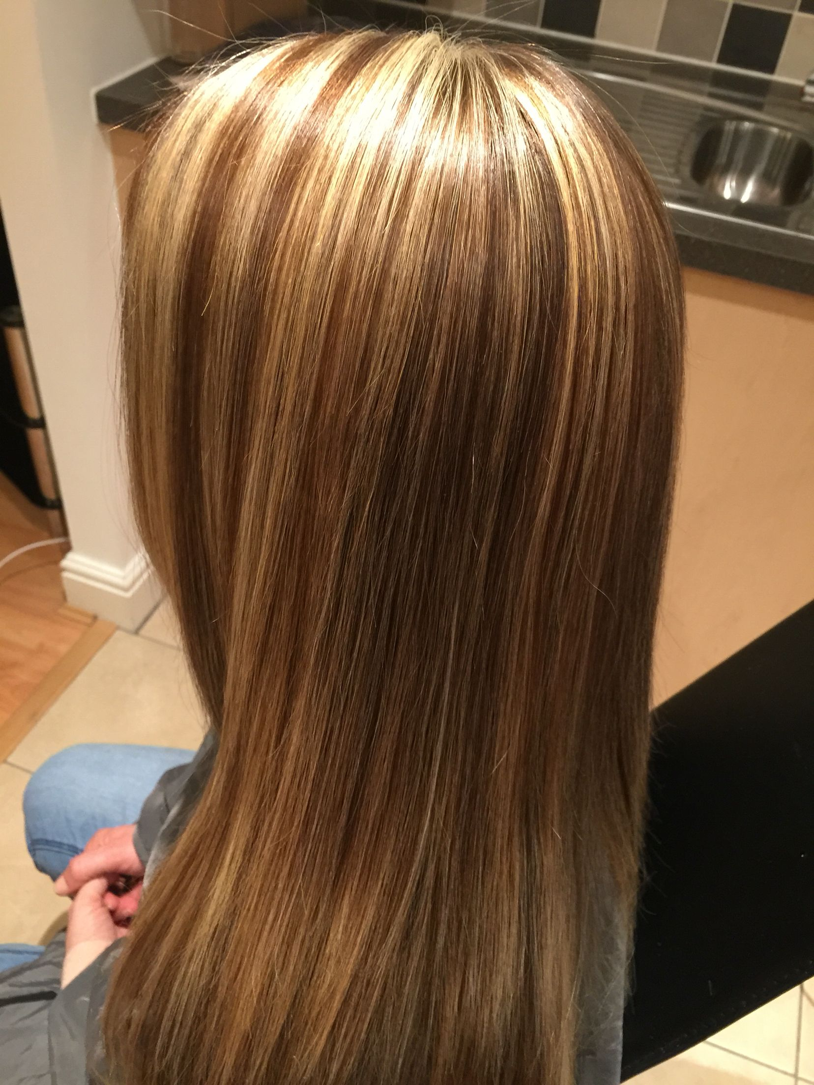 Pin by Marie Leroy on haircut | Brown blonde hair, Brown ...