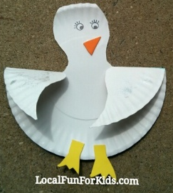 Paper Plate Seagull | Fun Family Crafts & Paper Plate Seagull | Craft Paper plate animals and Construction ...