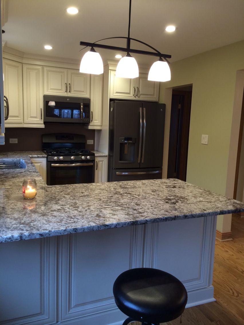 Antico Rustico Granite And Ge Slate Appliances In 2019