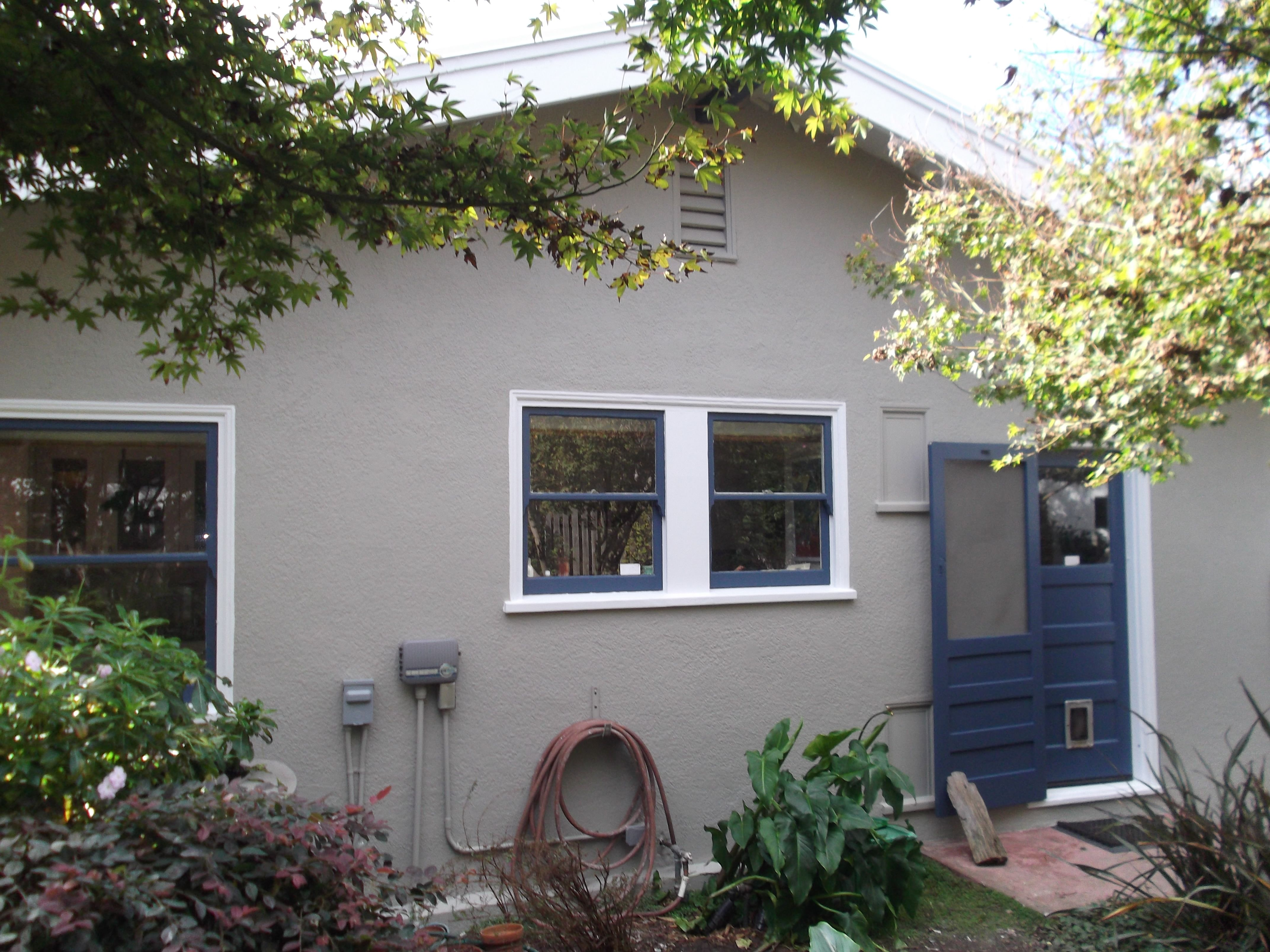 Benjamin Moore Exterior Paint Job Sandy Hook Grey Decorators White Exterior House Paint