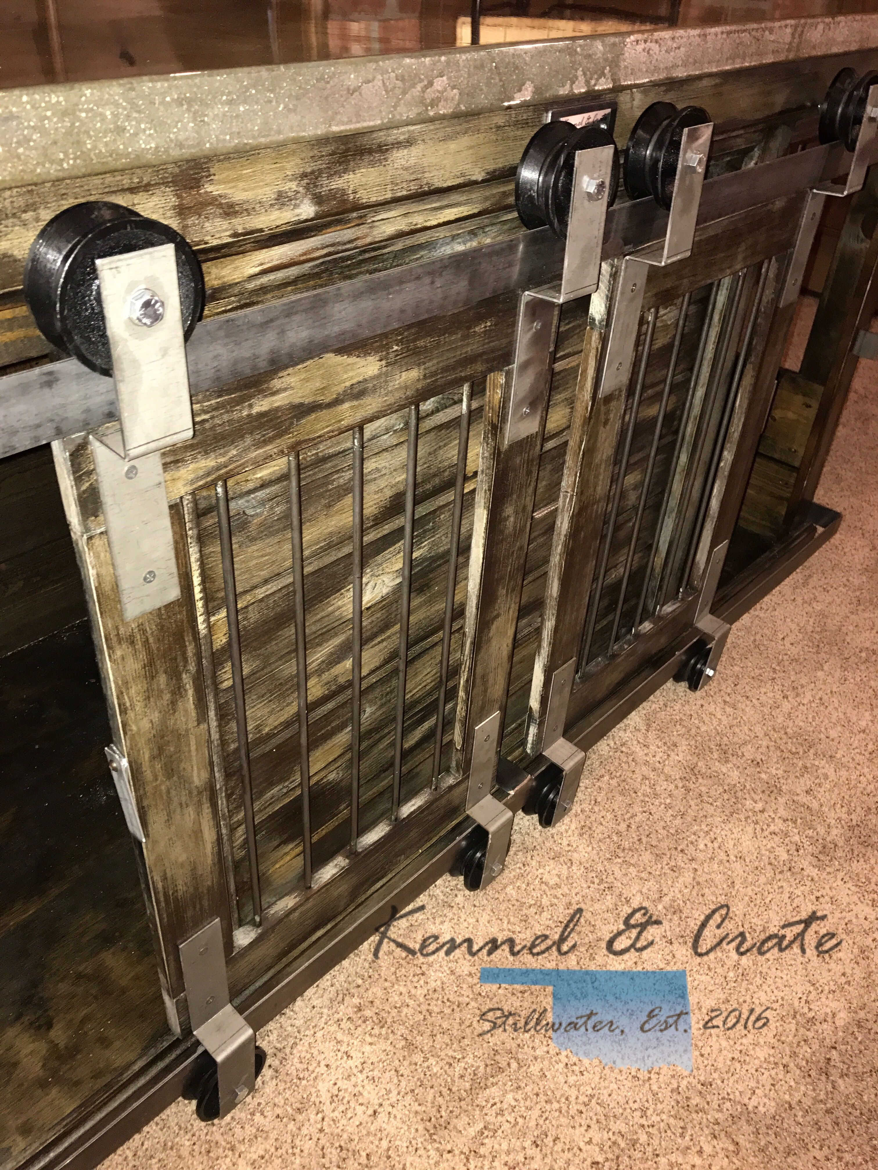 Farmhouse Style Dual Barn Door Rollers Double Indoor Dog Kennel Luxury Dog Kennels Indoor Dog Kennel Plastic Dog Kennels