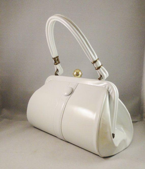 Handbag Vintage 60s Mad Men Era White Patent Leather Structured Purse Fashion Trend Frame Bag