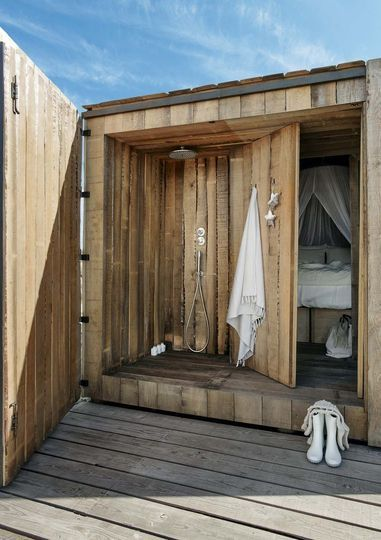 cabane en bois louer en bord de mer belle belgique et plages. Black Bedroom Furniture Sets. Home Design Ideas