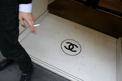 one must never smoke on the c's!