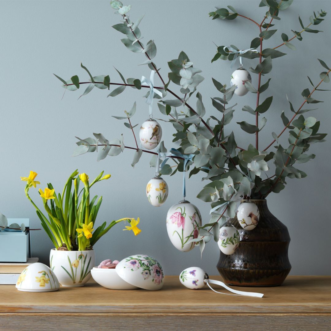 "591 likerklikk, 5 kommentarer – Royal Design (@royaldesign) på Instagram: ""Happy Easter everyone  Here's some beautiful inspiration from Royal Copenhagen.  Do You like to…"""