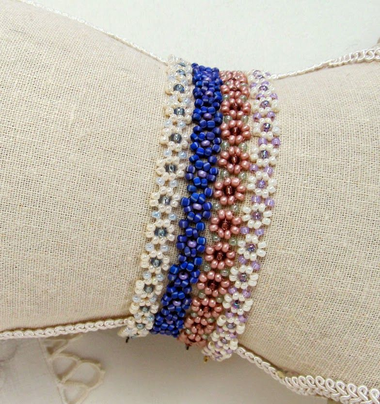 Free Bead Patterns and Ideas : Daisy Chain Necklace or Bracelet Pattern - Free Pattern