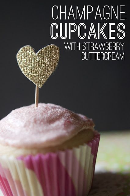 #vegan Champagne Cupcakes with Strawberry Buttercream Frosting