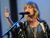American Idol winner Jennifer Nettles to perform for Memorial Day