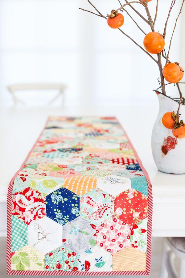 hexagon table runner free sewing pattern | MAKE | Pinterest | Diy ...