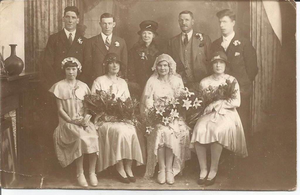 Beautiful Wedding Picture, Photographer Was Foster, 215