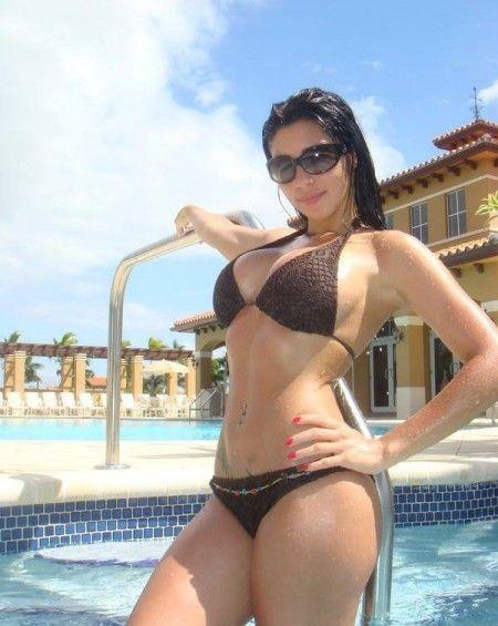 Vamos a piscina for Bikini piscina