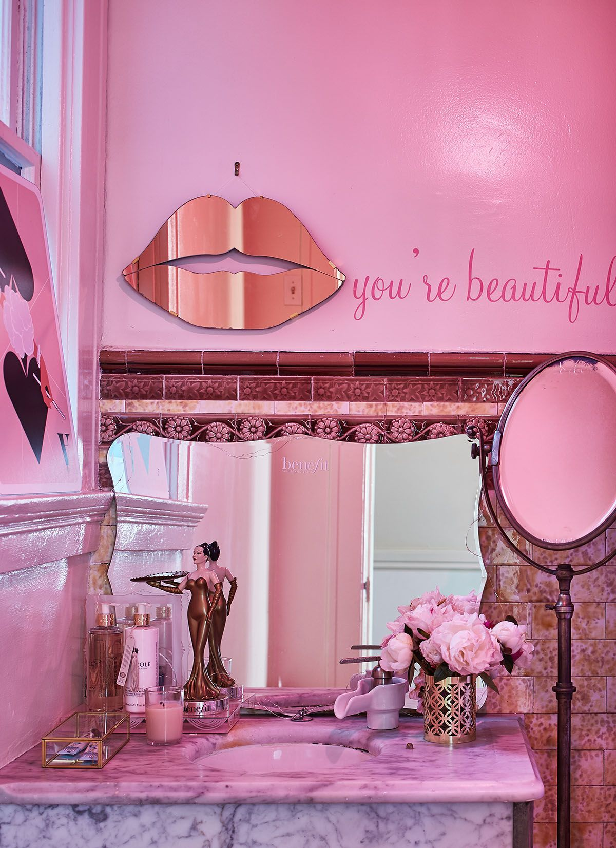 "this ""tumblr-pink"" mansion is a beauty junkie's dream 