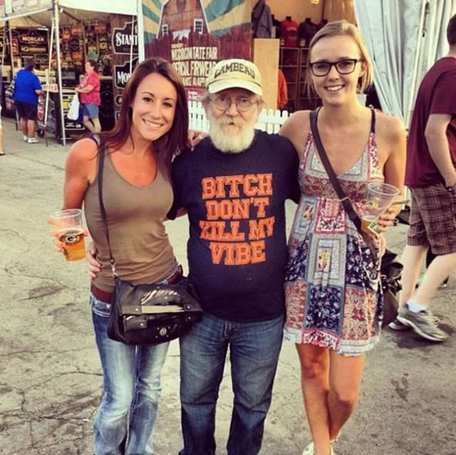 Hilarious T Shirts On The Older Person In The Right Situation... Priceless