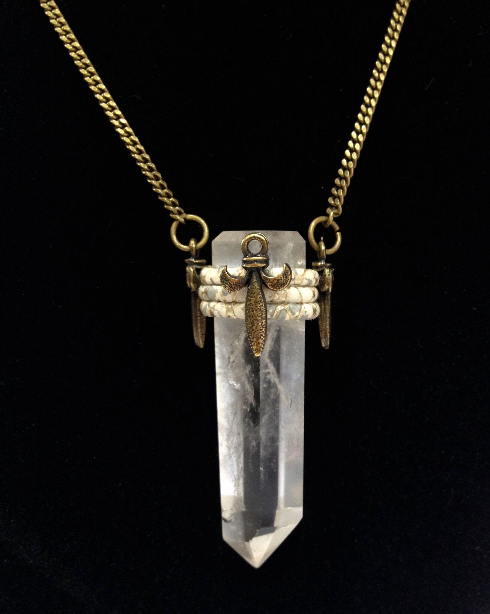 Colar de ponta de cristal, necklace in Crystal