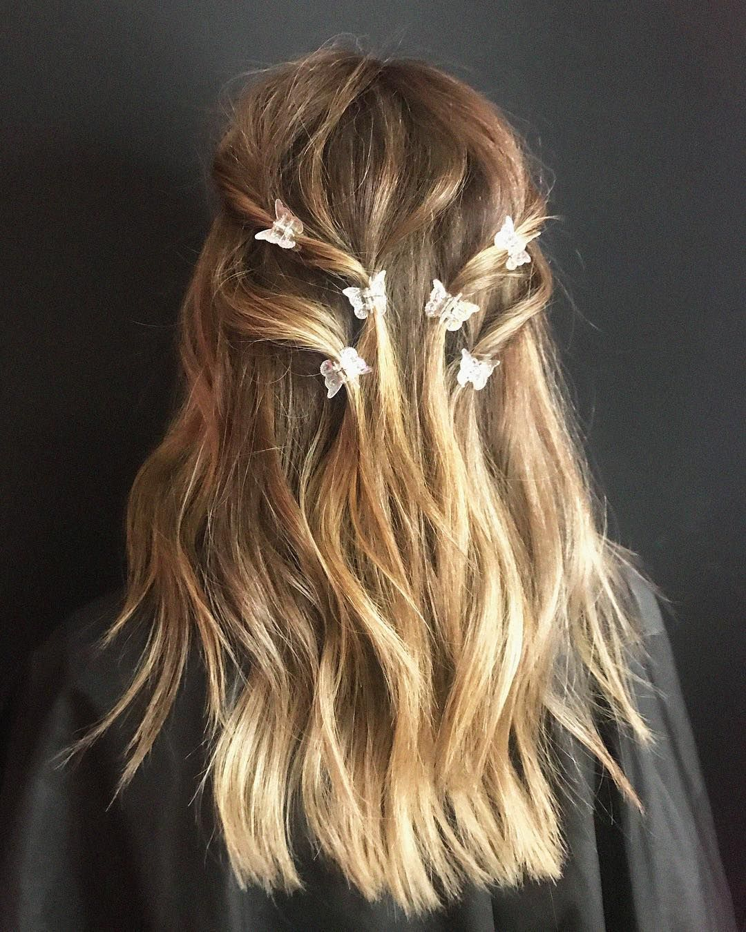 Butterfly Clips Are Back Clip Hairstyles Aesthetic Hair Hair Styles