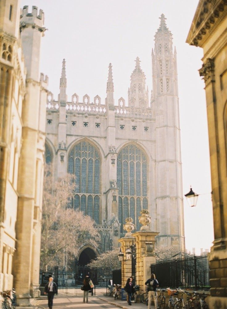 how to go to cambridge university from london