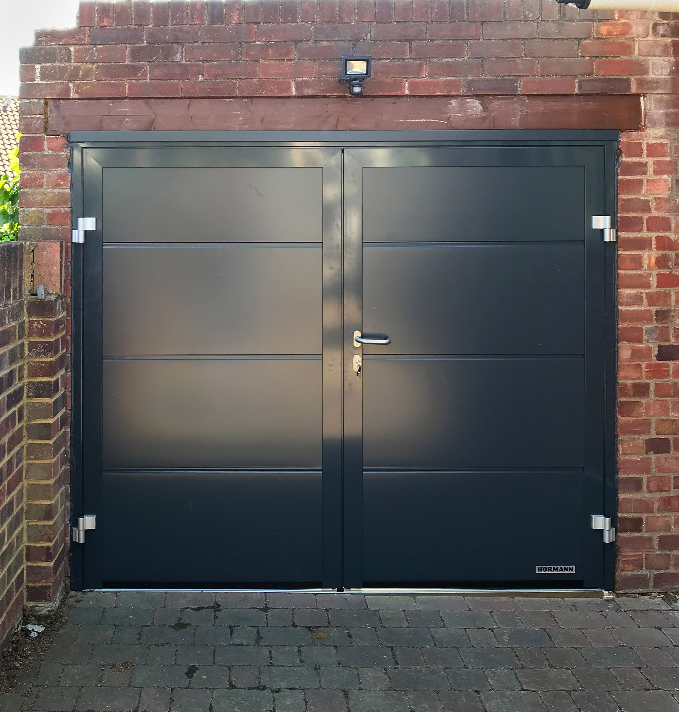 Hormann Nt60 Horizontal L Ribbed Side Hinged Garage Door Finished In Anthracite Grey 2020