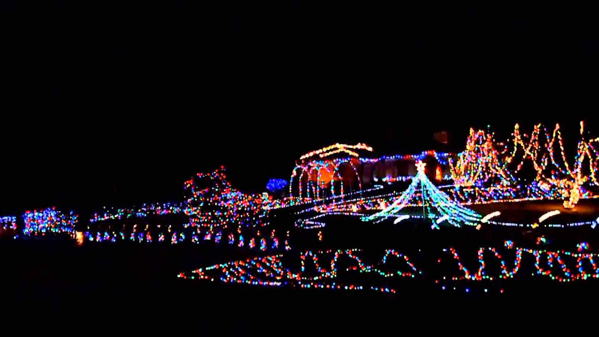 Rooker Brown Family Christmas Lights 2013 Christmas Light Show Christmas Lights Holiday Lights Display