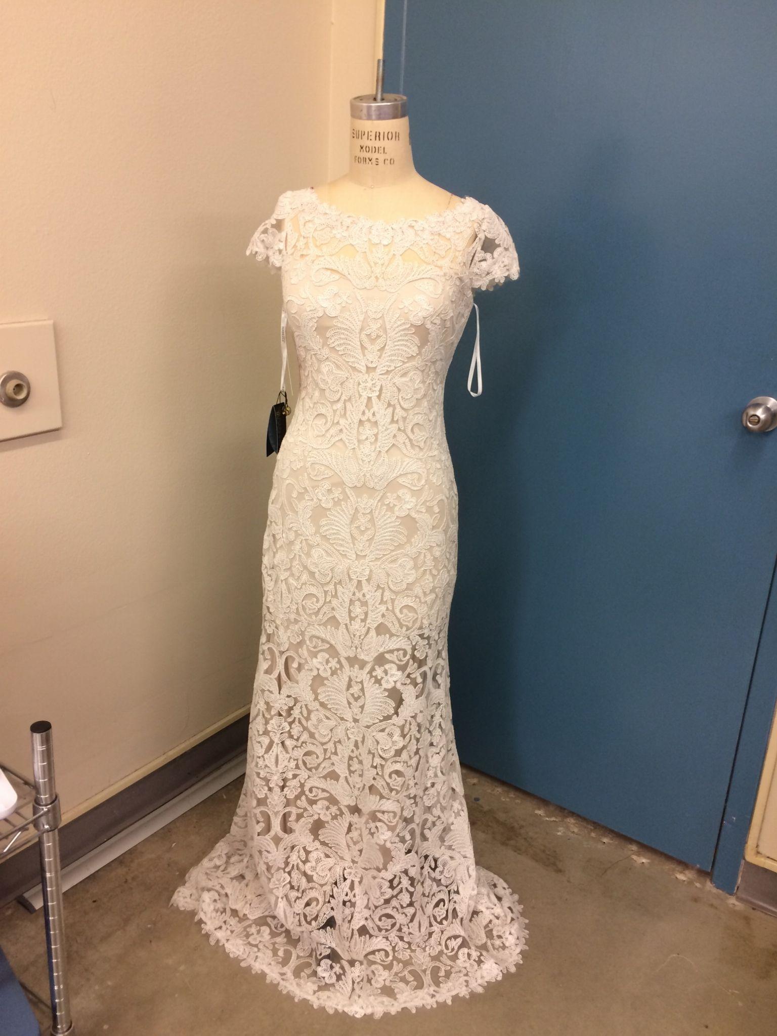 Tadashi Shoji August, $490 Size: 4 | New (Un-Altered) Wedding ...