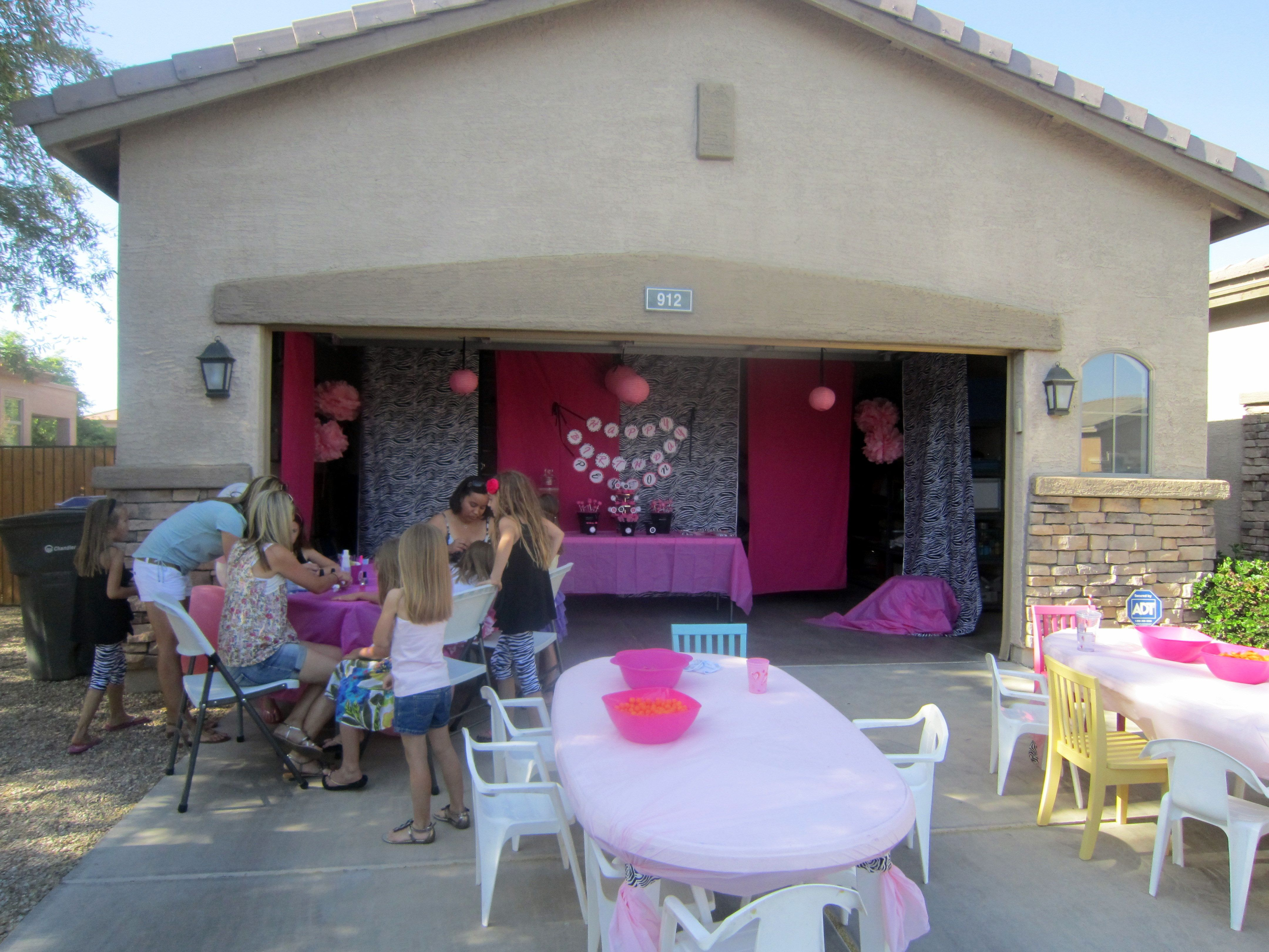 Glam Party Set Up In The Front Garage Garage Party Garage Party Decorations 60th Birthday Party