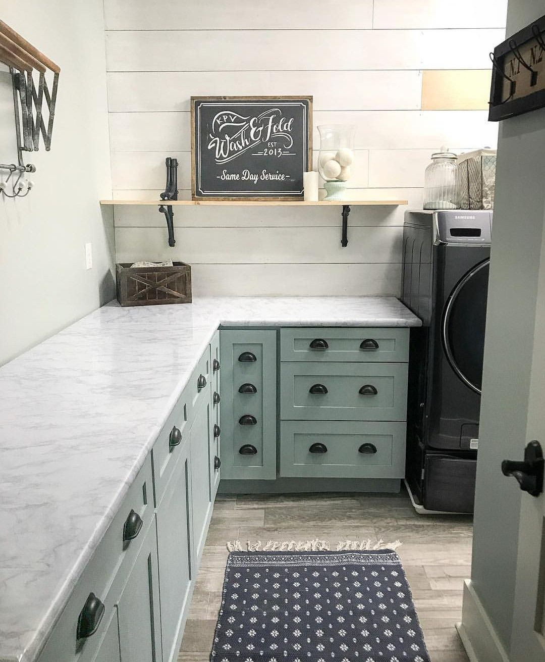Pin By Terri Faucett On Laundry Rooms Laundry Room Kitchen Cabinets Mud Room Storage