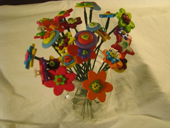 Button FlowersBright ColorsGroups of 7 by JudysTreasureland, $8.25