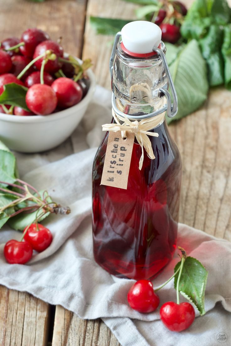 Kirschensirup selbst gemacht - Rezept - Sweets & Lifestyle
