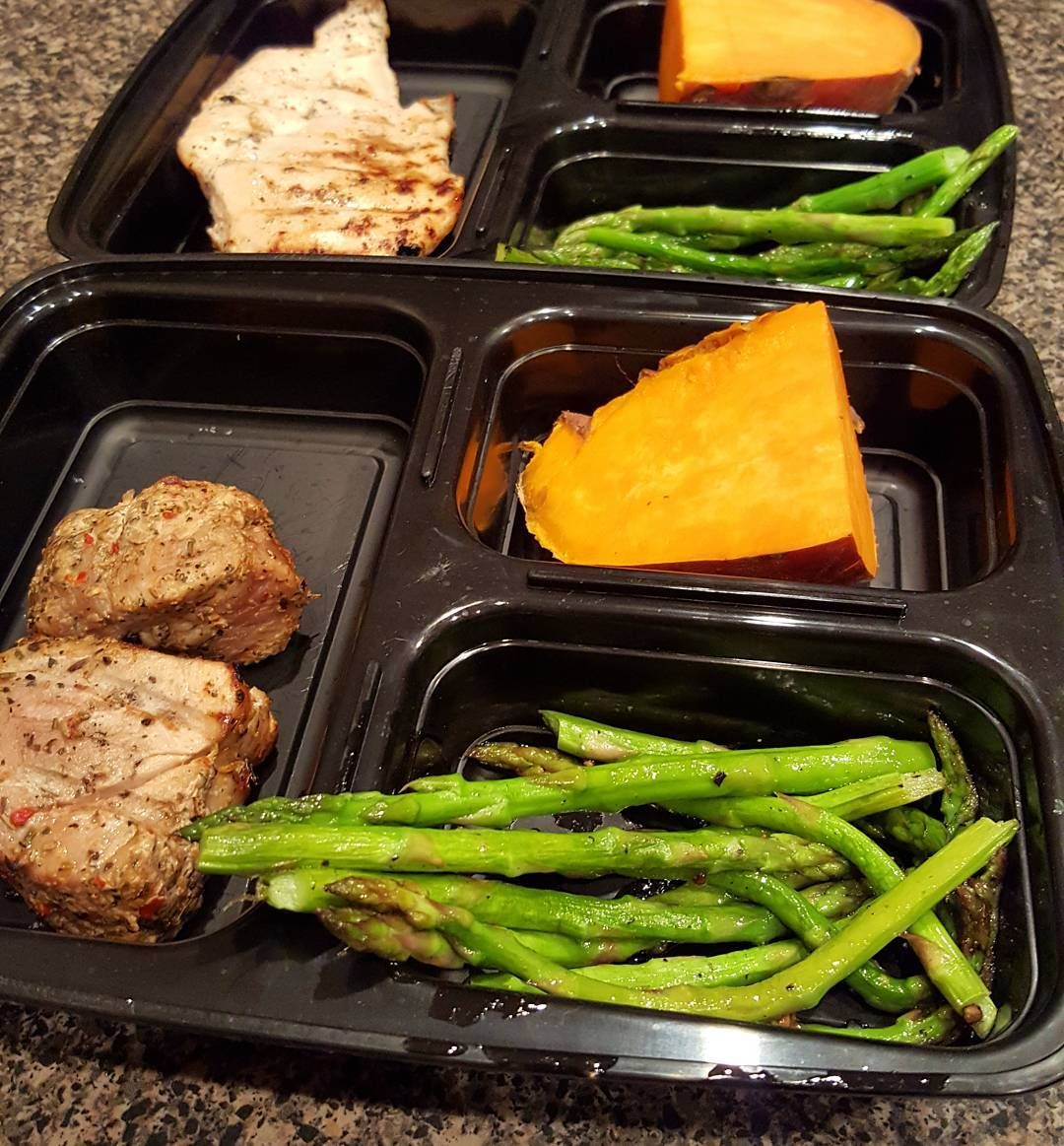 And a little mini meal prep done! #eatclean #mealprep #planforsuccess #mealprepsunday #whole30alumni #itstartswithfood