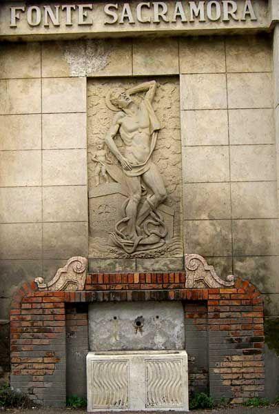 www.italialiberty.it Fonte Sacramora in provincia di