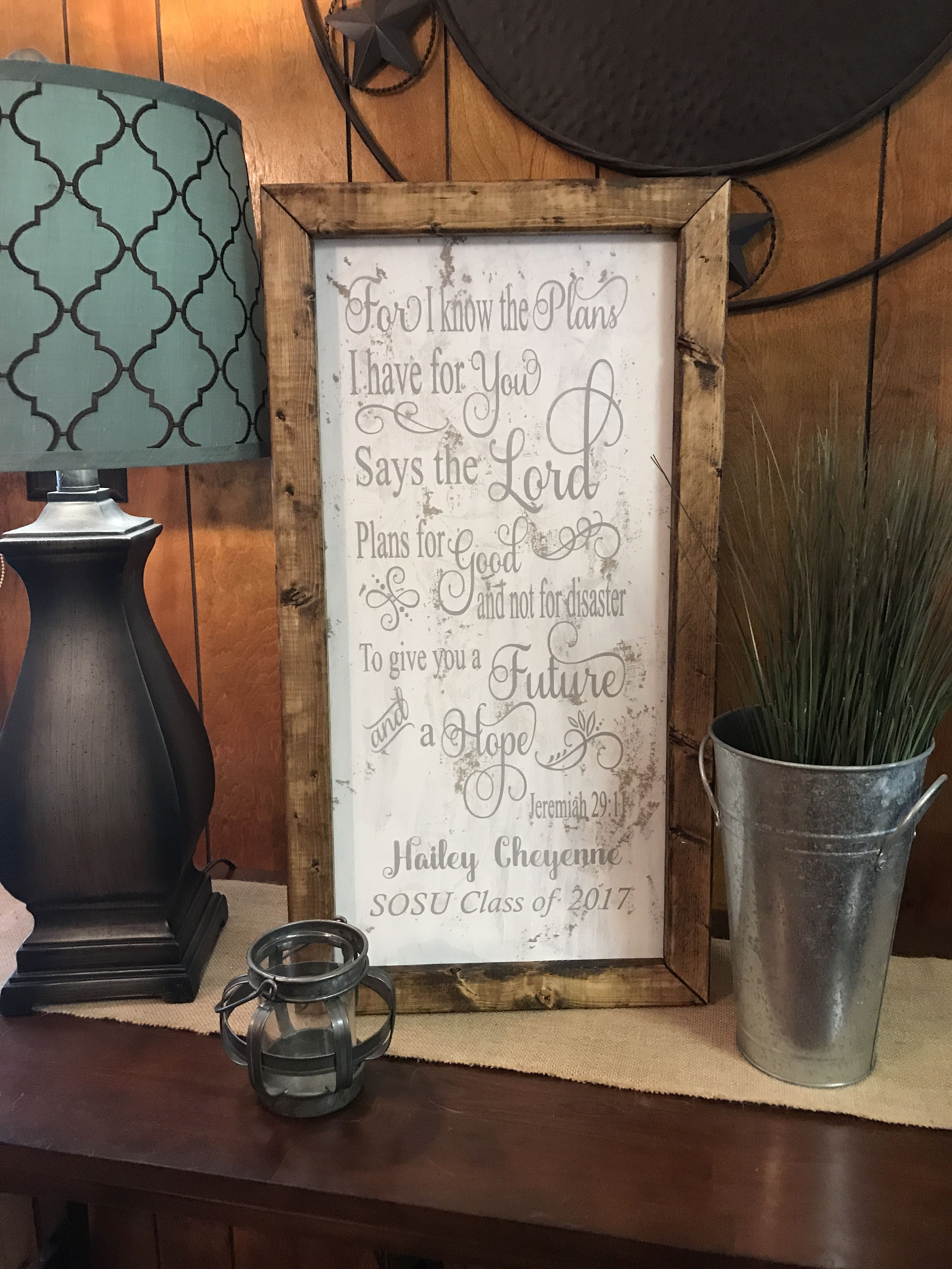 Graduate sign found in FB group Karie's Unique Boutique ❤️