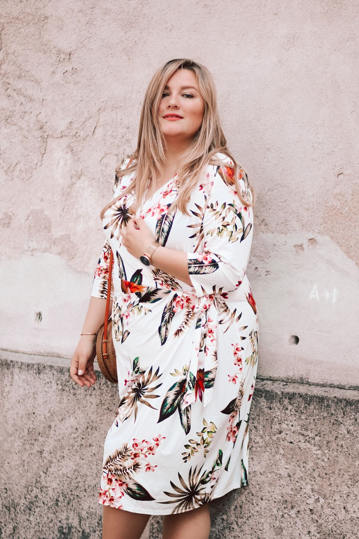 84ebf20cb14 ... PLUS SIZE von Schifferklavier. CURVE IDEAS Tropical Print - Wrapped  Dress by Belloya (WERBUNG)