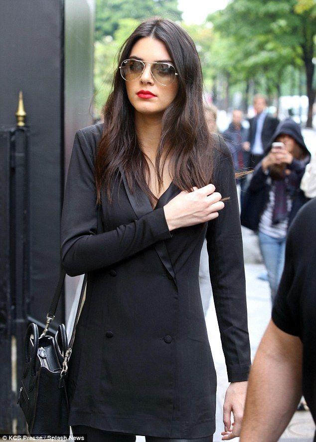 The Kardashian Klan Take Paris By Storm As They Enjoy Family Day Out