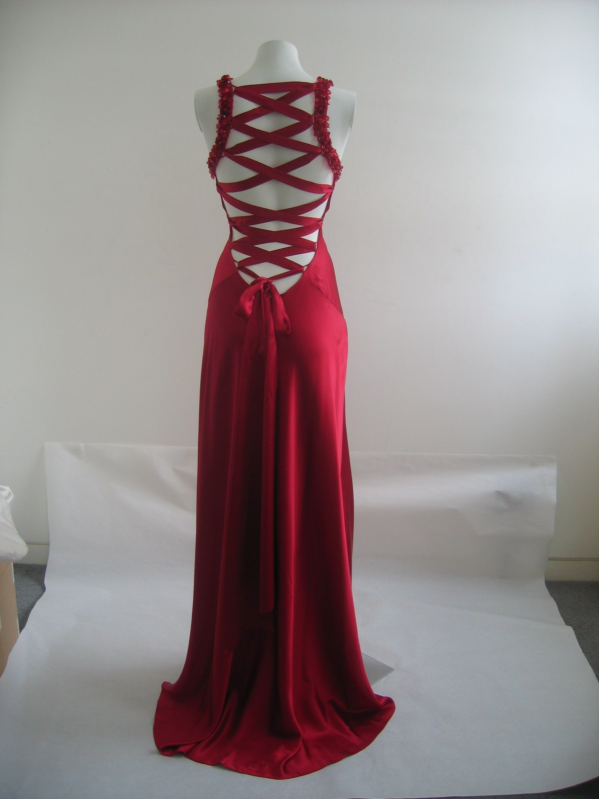 Mottoparty Casino Royal Kleidung The Back Of The Jenny Packham Dress Fabulous You May