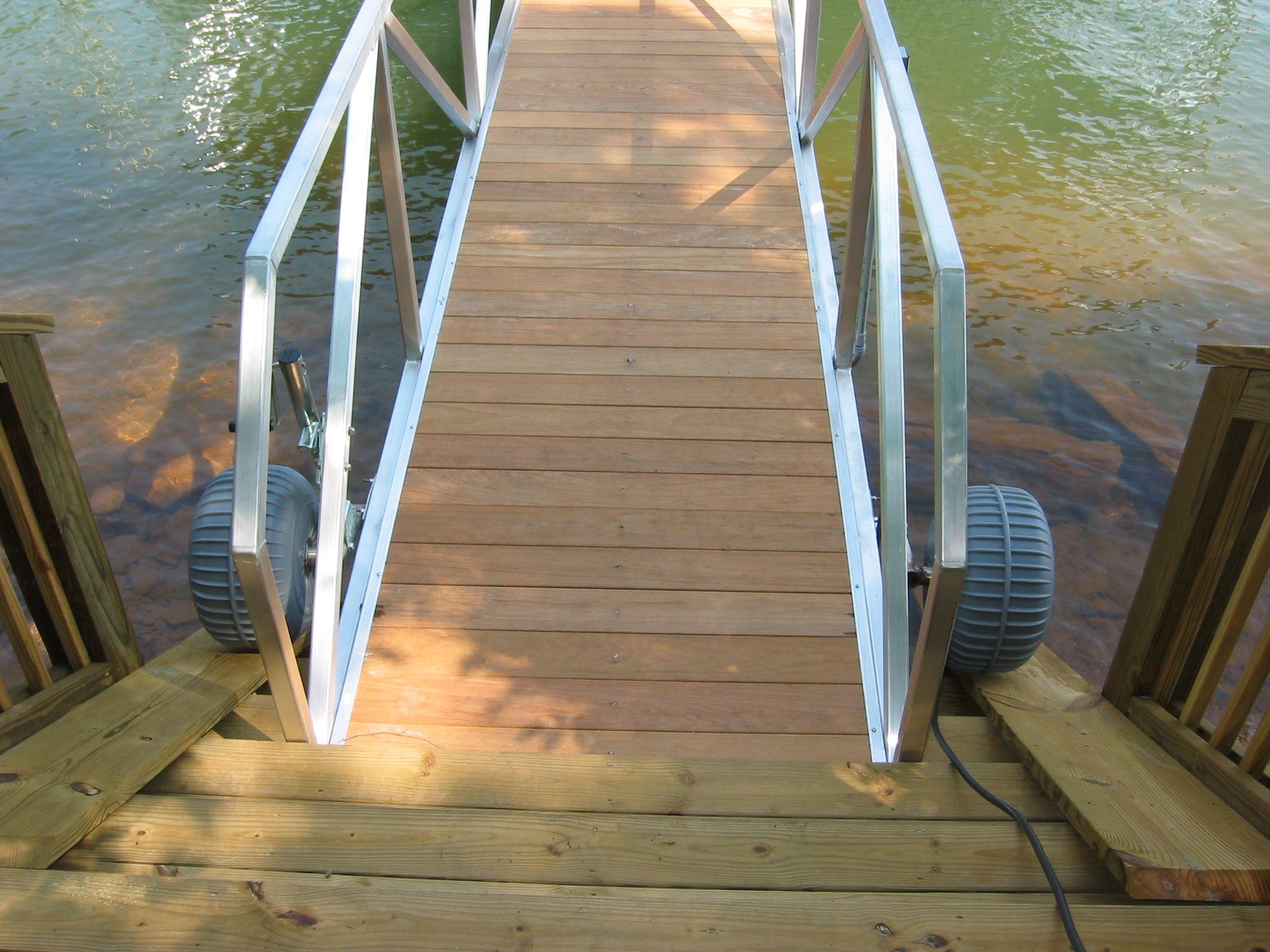 Retractable Plastic Gangway Wheel Assembly Docks