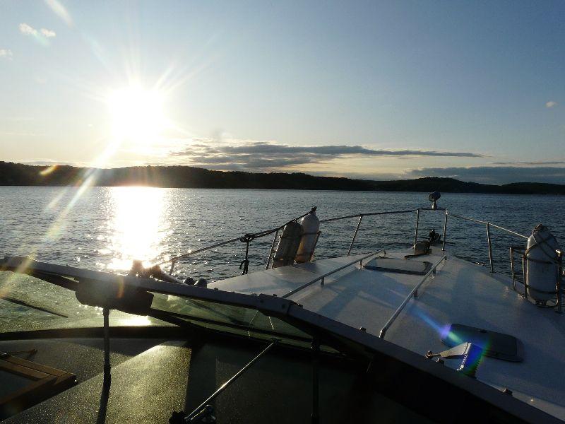 Boat jet ski charter boat rental rates lake of the